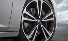 Opel-Insignia-Grand-Sport-304408.jpg