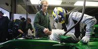 F1: Caterham visar upp Marcus Ericssons nya bil